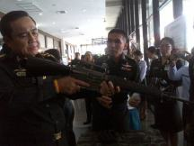 Prayuth locked and loaded