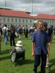 Chamlong invades